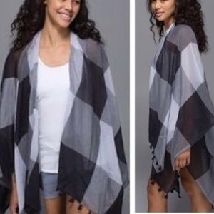 NWT Lululemon Check Tassel Sun to Moon Wrap Scarf